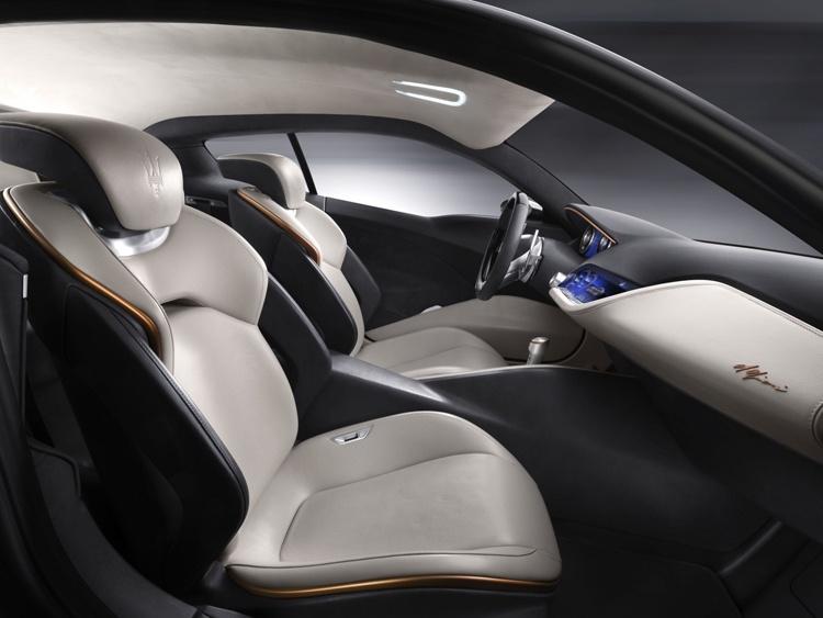 Электрический суперкар Maserati Alfieri получит три мотора