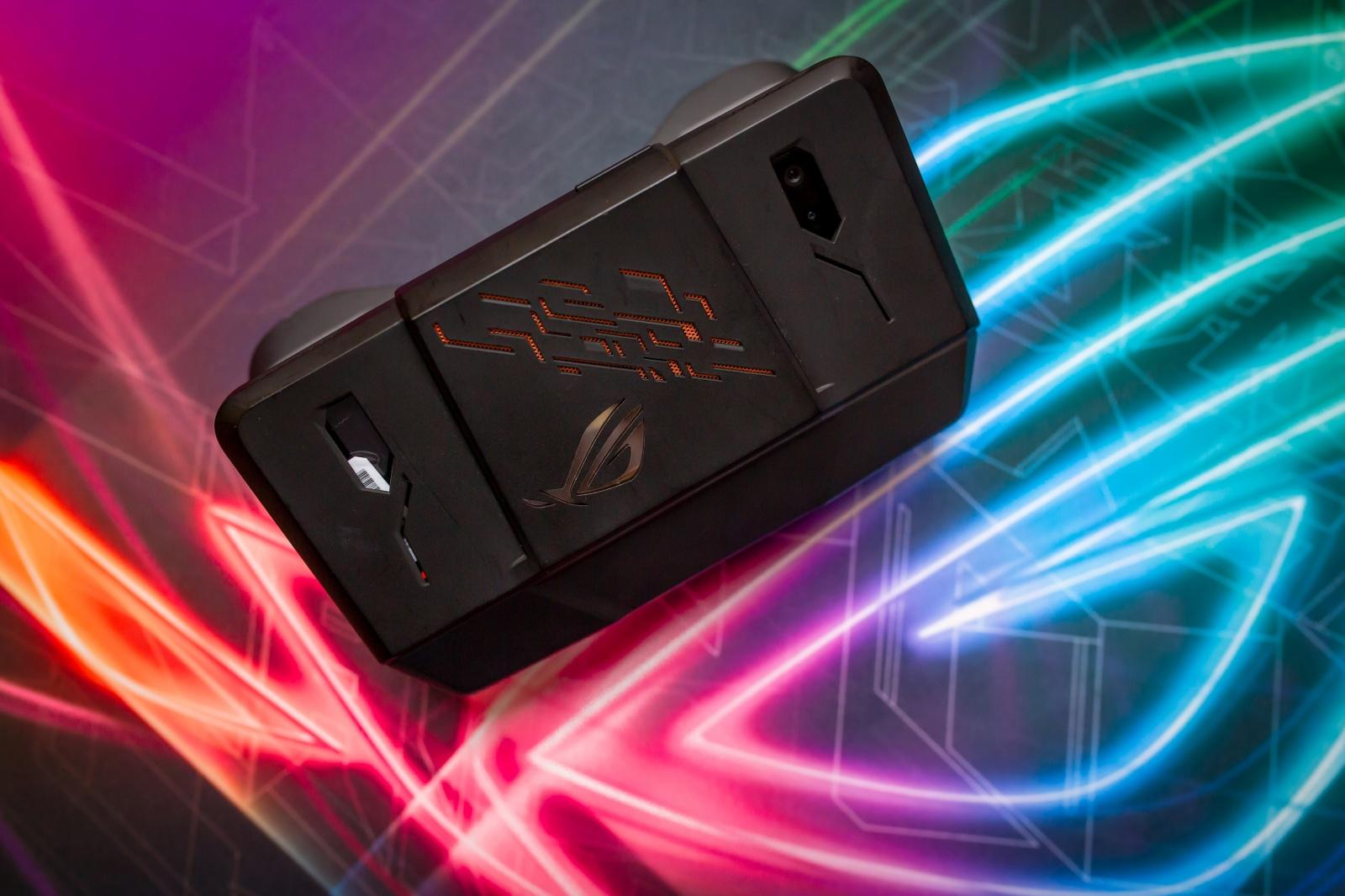 Первый взгляд на геймерский смартфон ASUS ROG Phone - 22