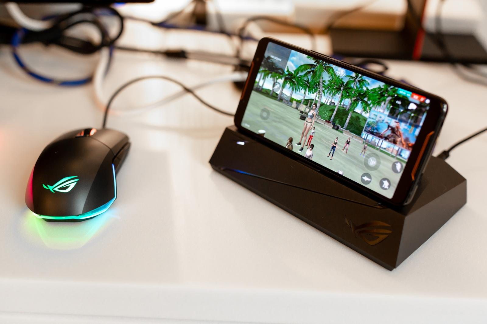 Первый взгляд на геймерский смартфон ASUS ROG Phone - 43