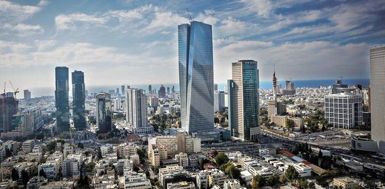 Для открытия первого фирменного магазина в Израиле компания Apple выбрала самый высокий в стране небоскрёб