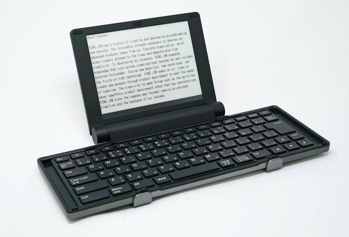 Представлена цифровая пишущая машинка с экраном E Ink