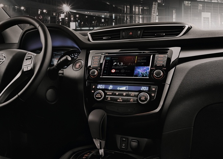 Автомобили Nissan X-Trail и Qashqai получили медиасистему «Яндекс.Авто»