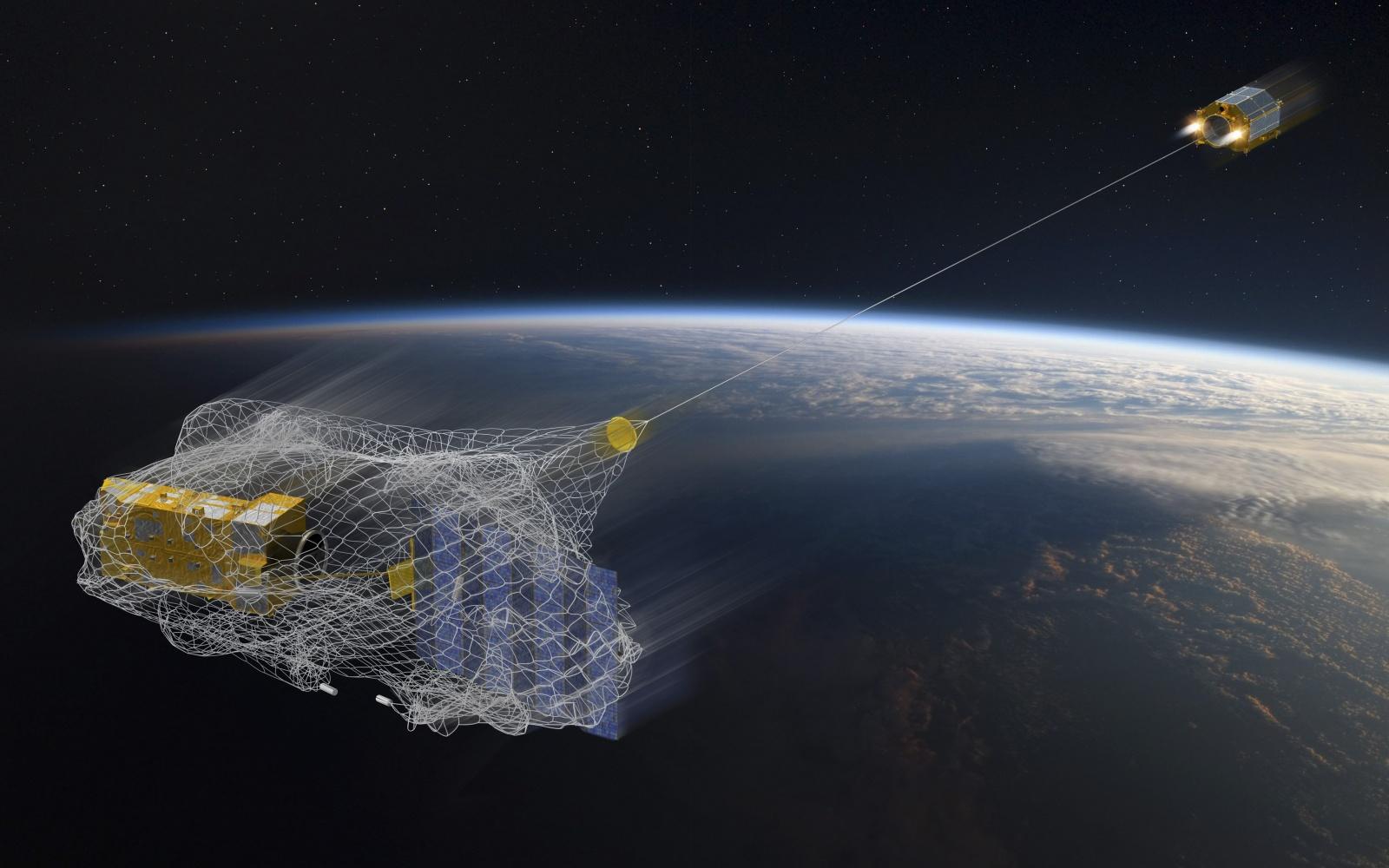 С МКС запустили спутник, охотящийся за космическим мусором - 1