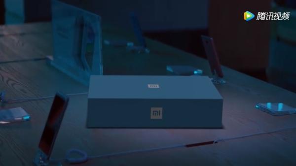 «Это подарок из будущего»: Xiaomi рекламирует новый смартфон
