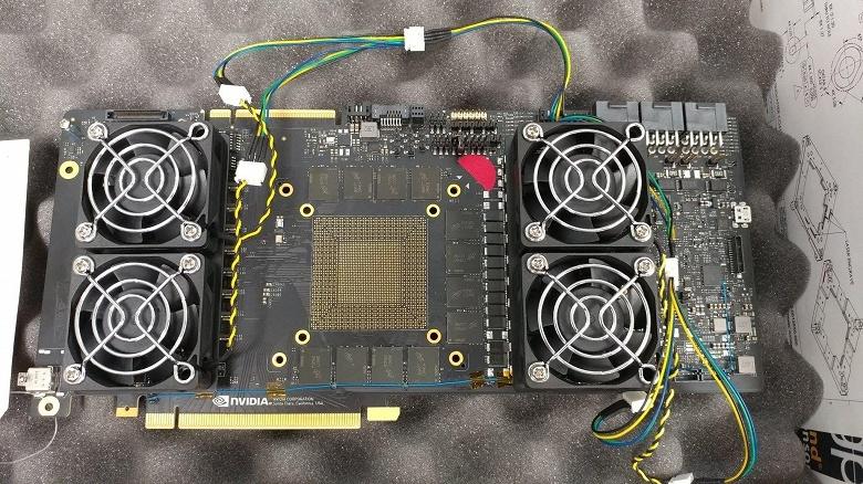 Фото дня: 3D-карта Nvidia следующего поколения с памятью GDDR6 и четырьмя вентиляторами