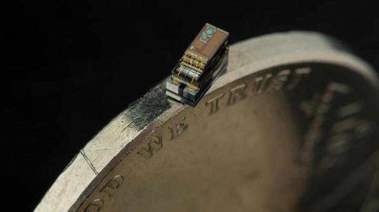 Мичиганский университет представил самый маленький в мире компьютер - 2
