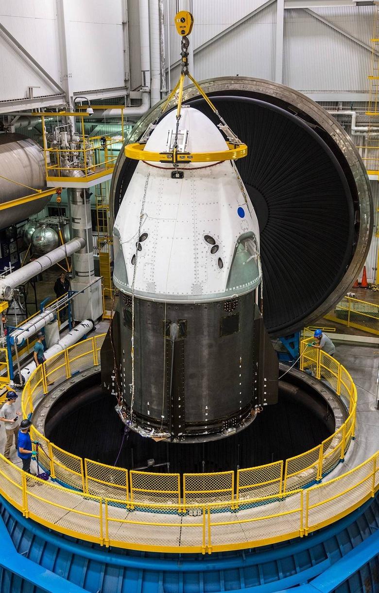Космический корабль SpaceX Crew Dragon проходит заключительный этап тестирования в NASA