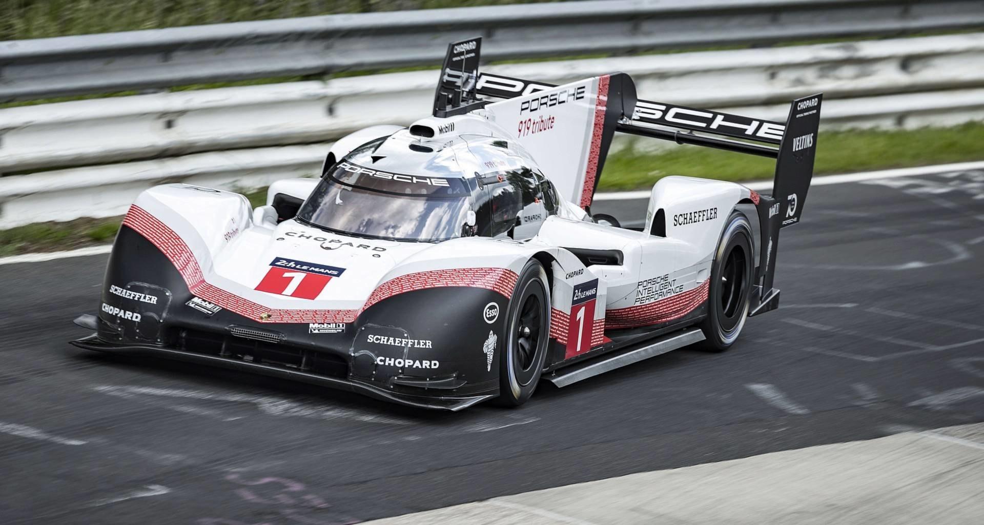 Porsche установила новый абсолютный рекорд Нюрбургринга