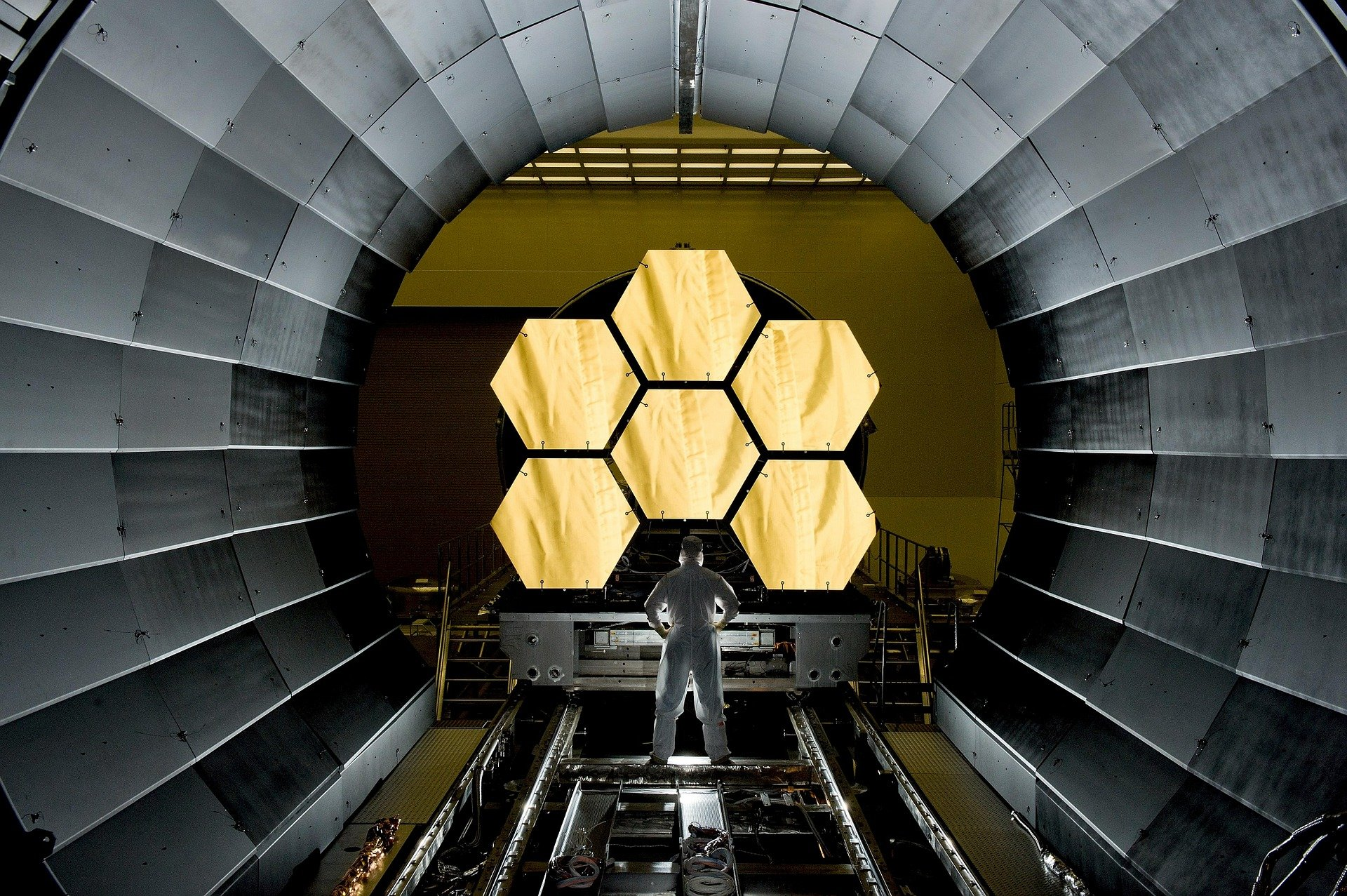 Космический телескоп «Джеймс Уэбб» отправится в космос не ранее 2021 года - 2