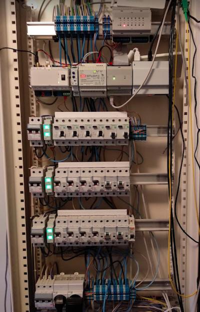 Способ организации «умного» дома с максимально широкими возможностями управления электрикой - 7