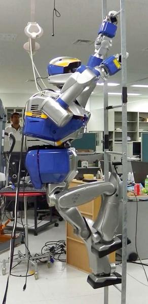 Самолеты станут надежнее? Авиастроители внедряют роботов на предприятия - 3