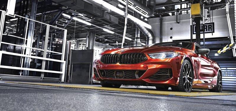 BMW запустила в производство купе 8-й серии