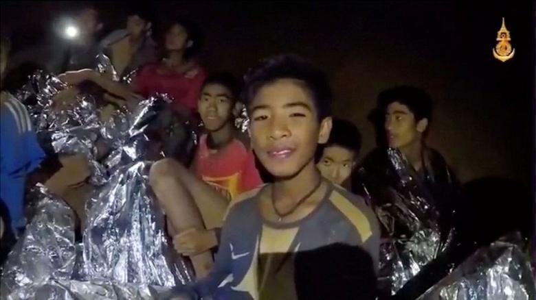 Илон Маск предложил помощь в спасении заблокированных в таиландской пещере детей