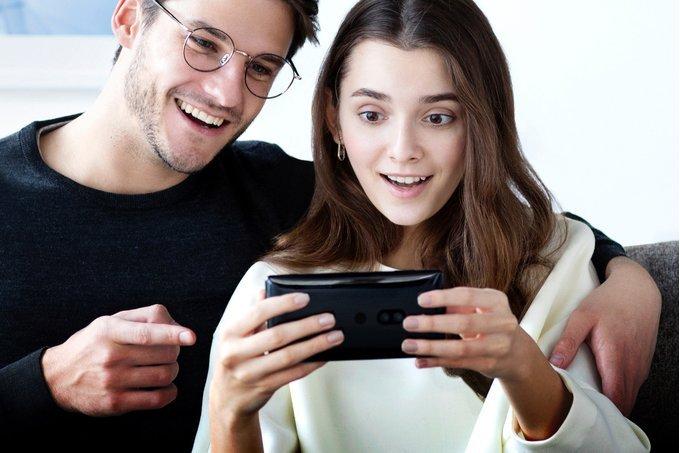 Sony Xperia XZ2 Premium оказался самым тяжёлым флагманом последних лет - 1