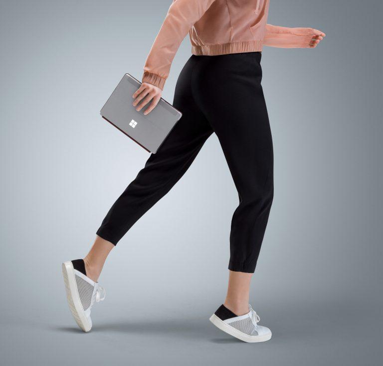 Microsoft представила дешёвый планшет Surface Go - 1