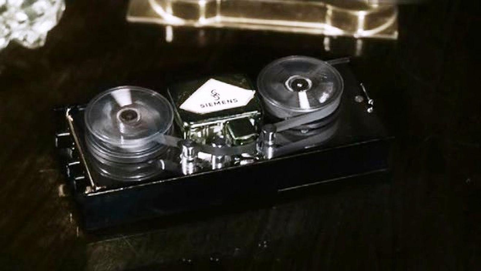 Аудиогаджет специального назначения: диктофон Штирлица, его реальный прототип и смелое историческое моделирование - 9