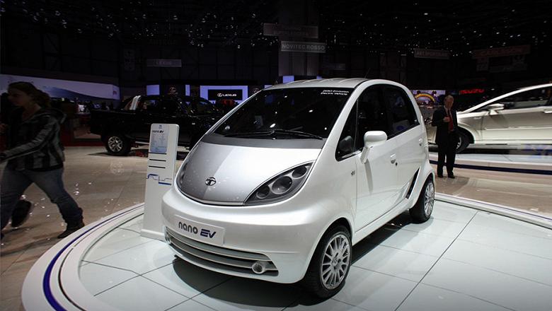 Самый дешевый серийный автомобиль Tata Nano снимают с производства