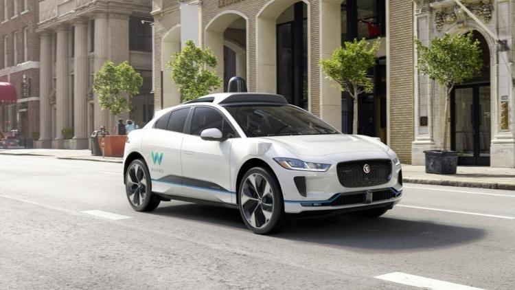 Waymo будет сотрудничать с Walmart, Avis, AutoNation для расширения доступа к робомобилям
