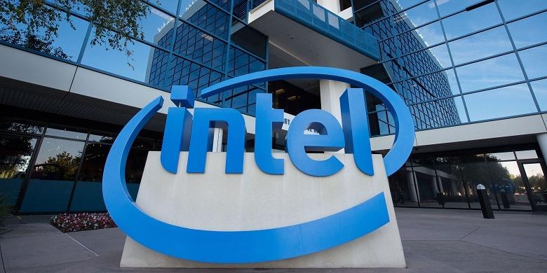 Доход Intel за год вырос на 15%, чистая прибыль — на 82%