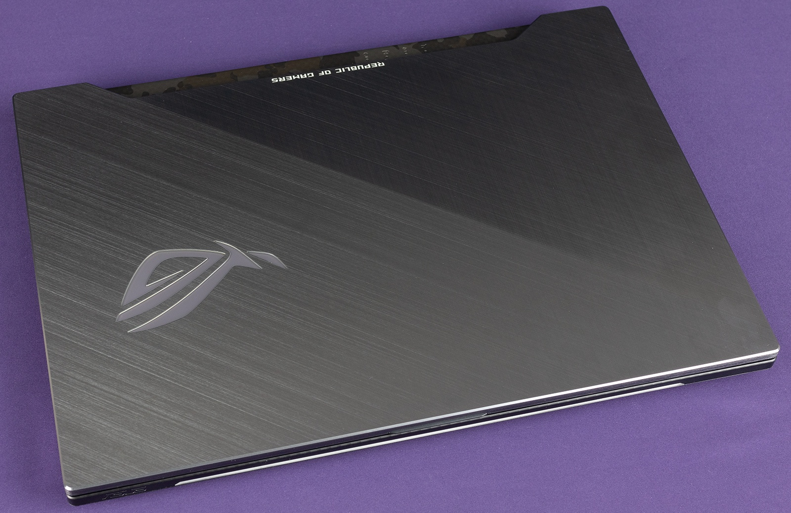 Обзор игровых ноутбуков ASUS ROG Strix GL504GS SCAR II и ASUS ROG Strix GL504GM HERO II - 16