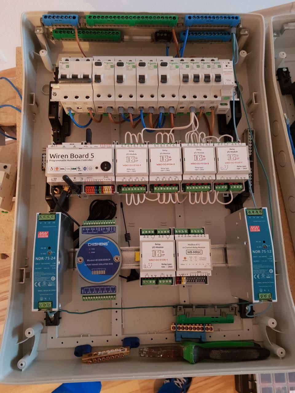 Сенсорные выключатели с Modbus: зачем нужны и как применить в умной квартире - 6