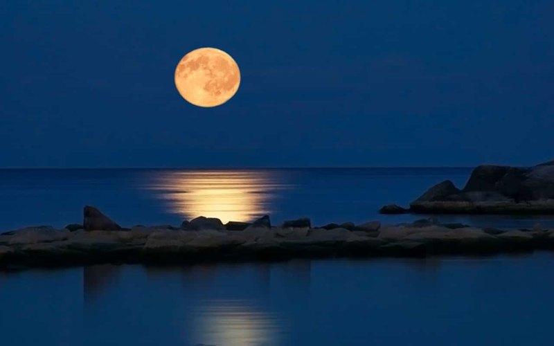 Спутник Земли: краткая история исследований Луны