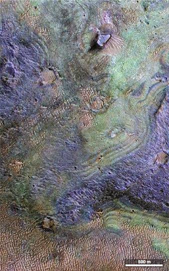 Учёные: на Марсе не хватит CO₂ для разогрева атмосферы. Взрыв полюсов не поможет - 1