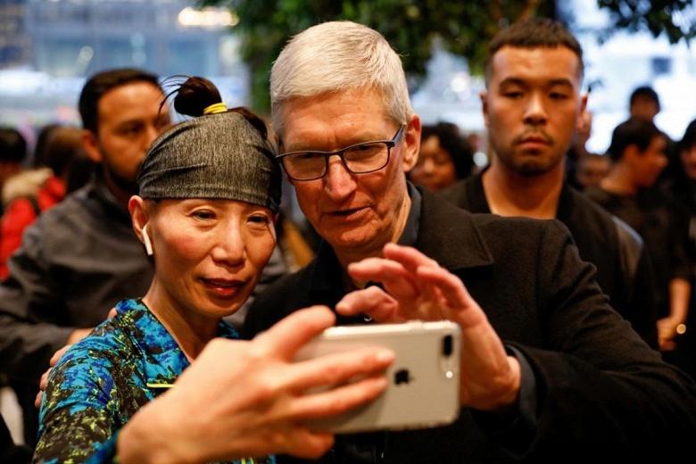 Apple оценивает оценку рынка акций на 1 триллион долларов США