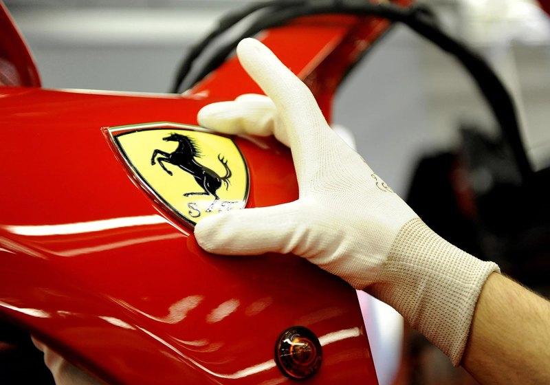 Ferrari будут красить уникальным способом