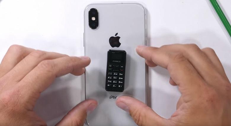 Самый маленький в мире мобильный телефон прошёл испытания блогера JerryRigEverything