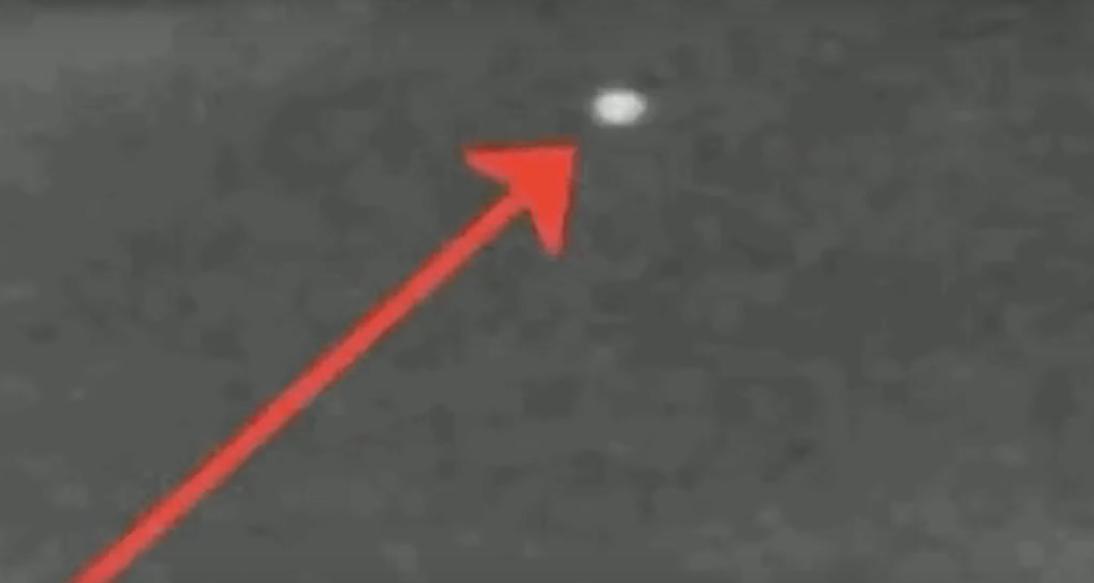 На Луну за 24 часа упало два метеорита: видео