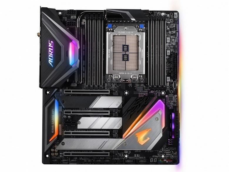 Плата Gigabyte X399 Aorus Extreme для процессоров AMD Ryzen Threadripper второго поколения стоит 500 долларов