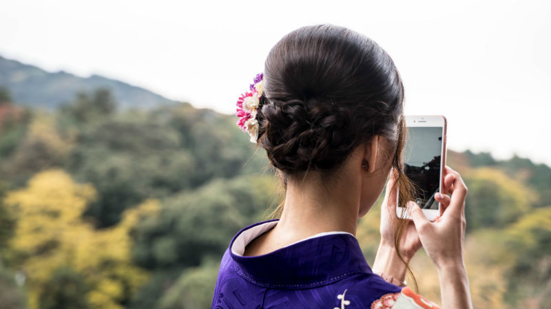 Huawei обогнал Apple по объему продаж. Капитализация американской компании все равно достигла $1 трлн - 1