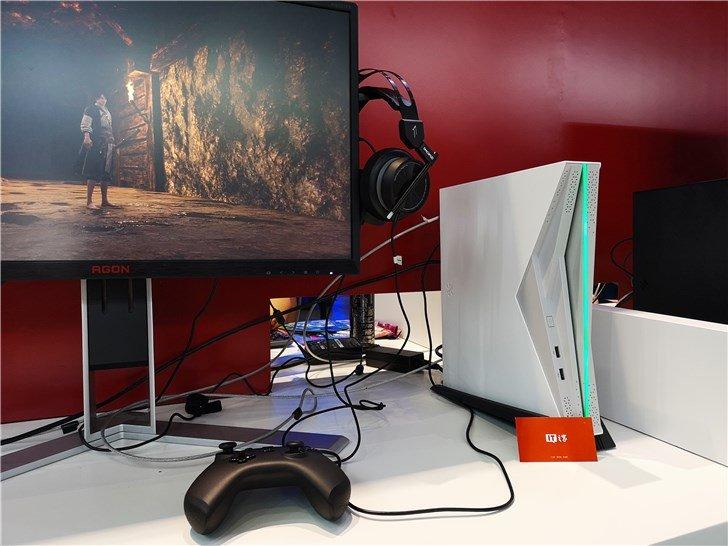 Фотогалерея дня: мини-ПК Subor на недоступном для других гибридном процессоре AMD