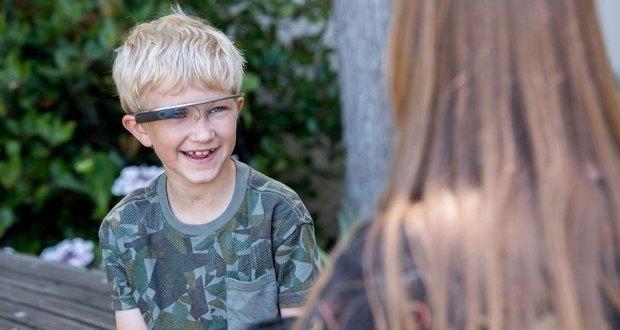 Ученые использовали Google Glass для помощи детям с аутизмом