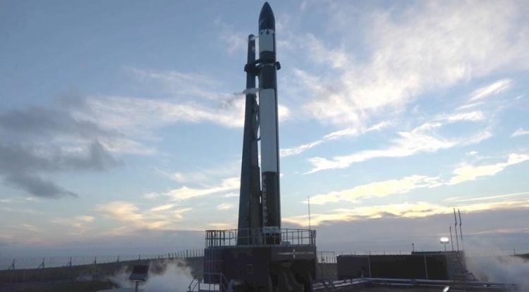 Rocket Lab вновь отложила запуск ракеты, но в дальнейшем будет производить их один за другим
