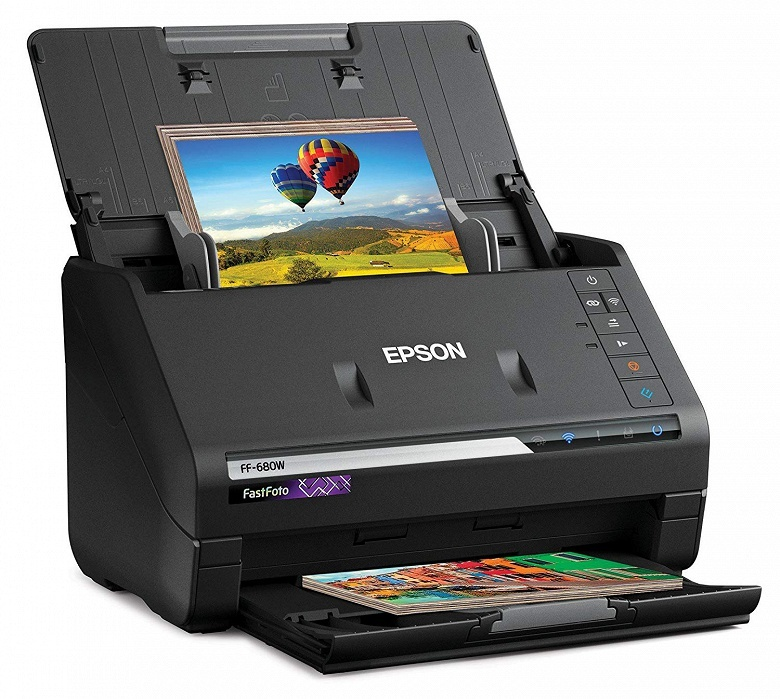 Производитель называет Epson FastFoto FF-680W самым быстрым персональным сканером фотографий