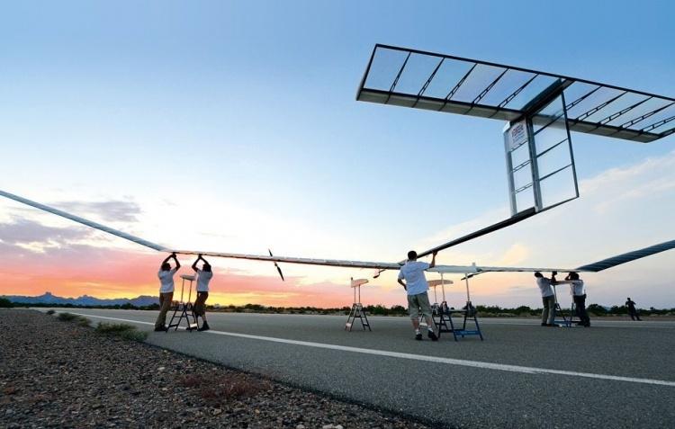 Солнечный беспилотник Airbus Zephyr находился в стратосфере почти 26 дней