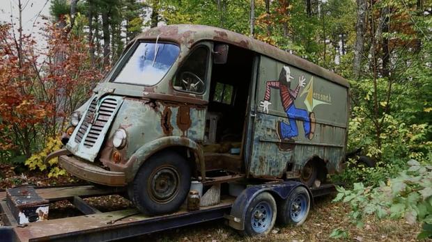 Старый гастрольный фургон группы Aerosmith нашли в лесу