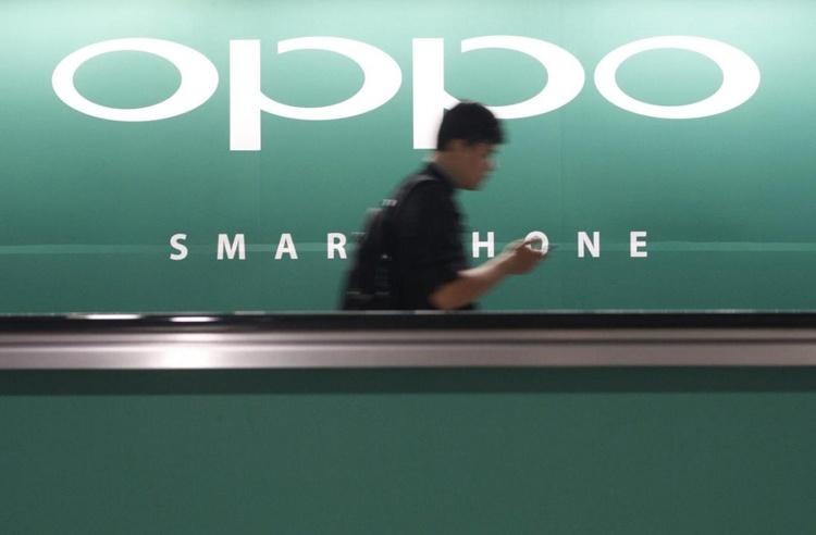 Смартфон Oppo R17 Pro с тройной камерой показался на рендере
