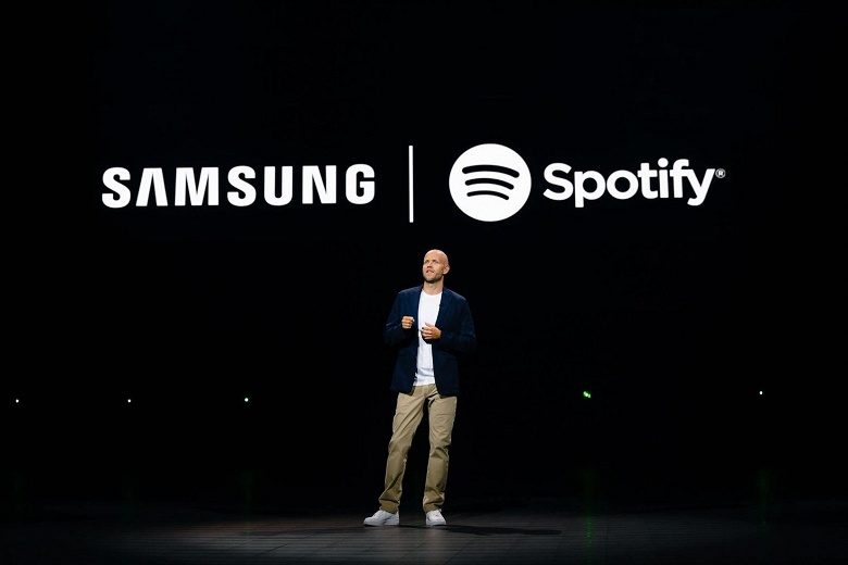 Практически все устройства Samsung получат предустановленную поддержку Spotify