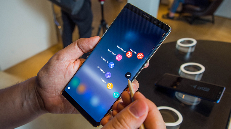 И снова Samsung. Специалисты DisplayMate назвали экран Galaxy Note9 лучшим на рынке смартфонов