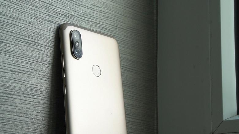 Смартфон Xiaomi Mi A2 научился снимать видео Full HD при 60 к/с