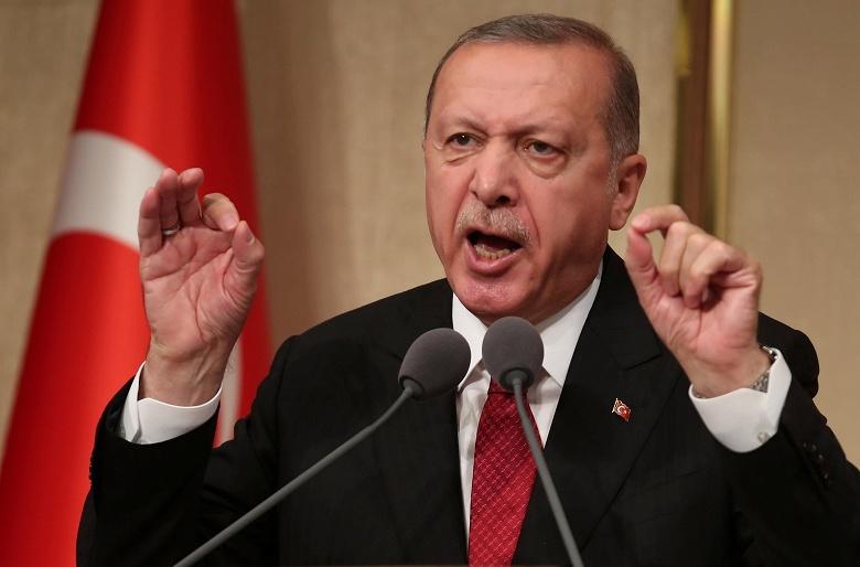 В ответ на санкции США президент Турции призвал бойкотировать продукцию Apple