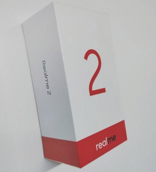 Смартфон Realme 2 с вырезом в экране показался на официальном рендере