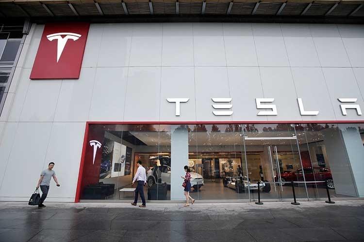 Tesla сможет выпускать до 8000 электромобилей Model 3 в неделю, считают эксперты
