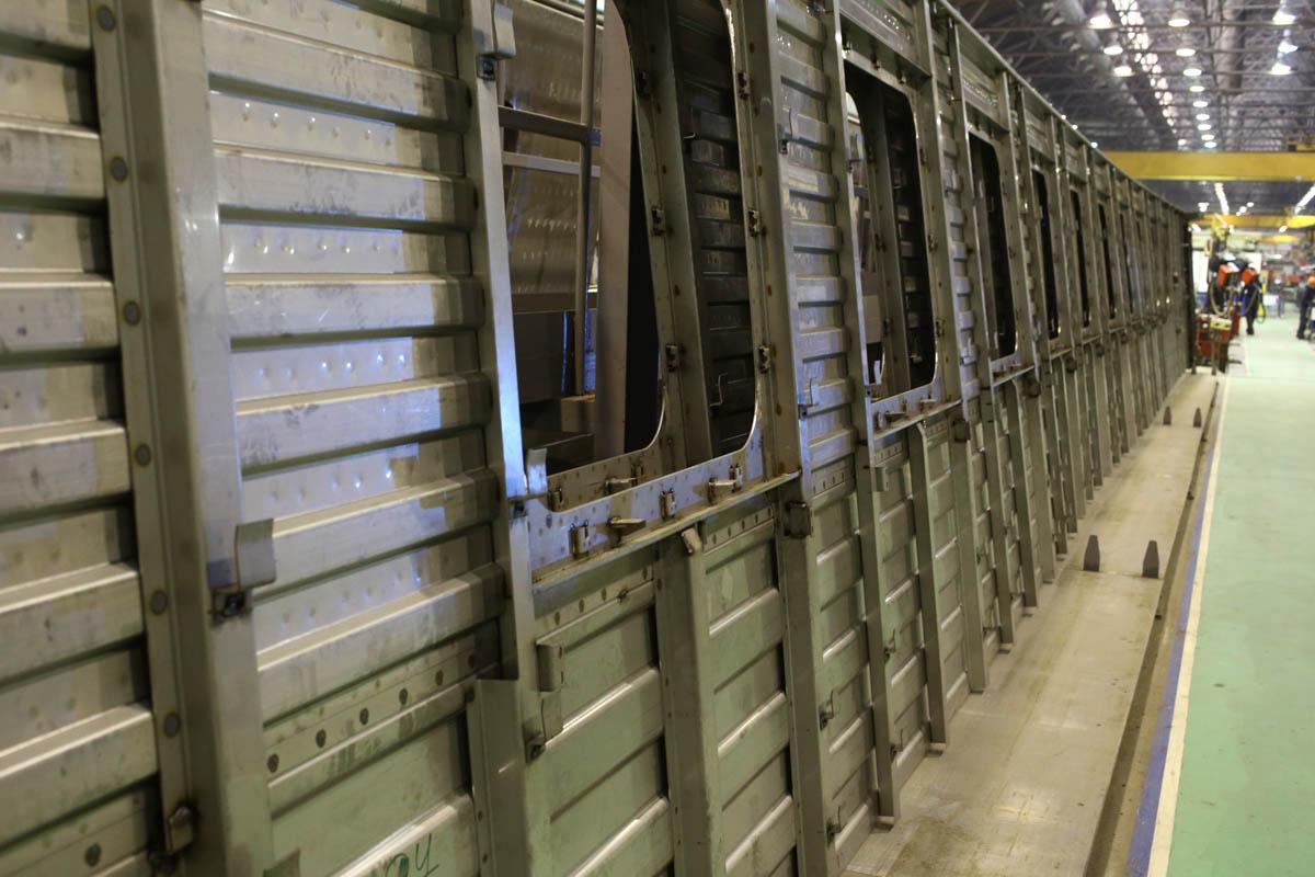 Как собирают вагоны для пассажирских поездов - 32