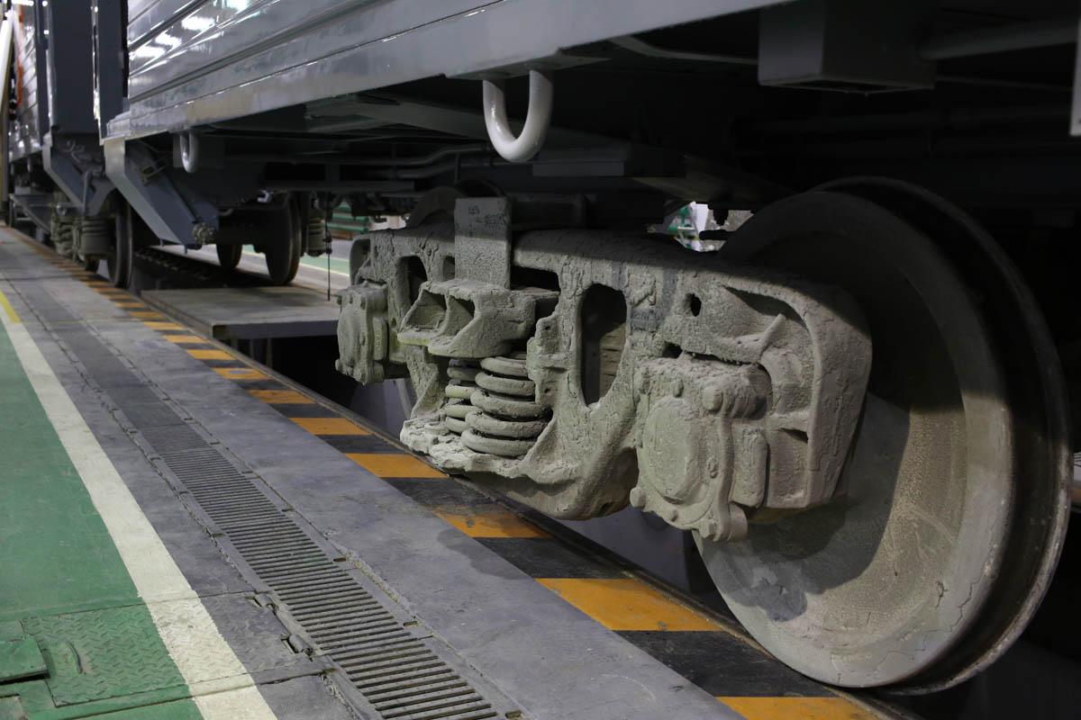 Как собирают вагоны для пассажирских поездов - 51