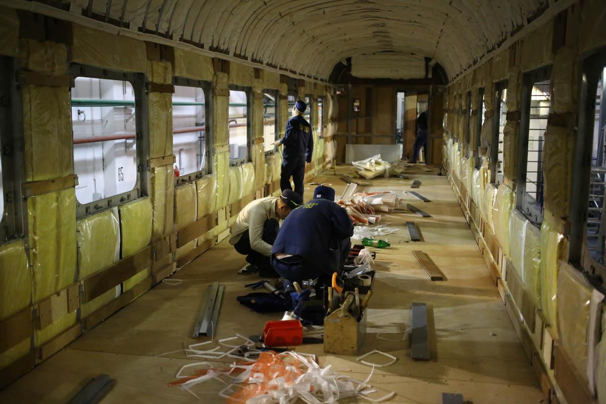 Как собирают вагоны для пассажирских поездов - 55