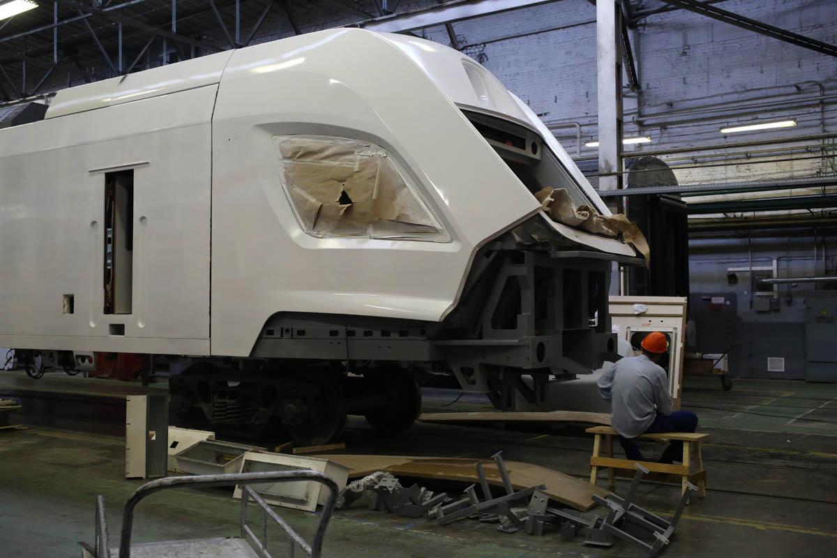 Как собирают вагоны для пассажирских поездов - 56